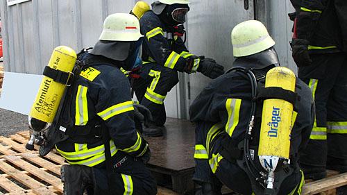 Teamwork bei der Feuerwehr