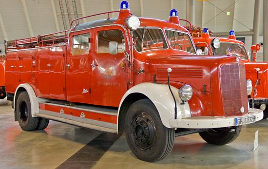 TLF 15 auf Mercedes-Benz mit Aufbau Metz