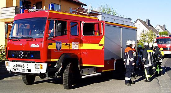 LF16/12 auf Mercedes-Benz 1124 AF mit Aufbau von Metz der Feuerwehr Schweinfurt. Baujahr 1995 und ist bis heute im Dienst. Standardbeladung mit nachträglich eingebauter Schaumzumischanlage. Bildquelle: Feuerwehr Schweinfurt.