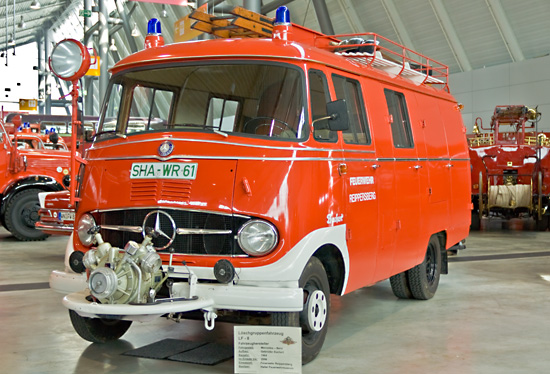 LF 8 auf Mercedes Benz mit Aufbau Bachert