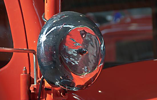 Rasselwecker an einem Feuerwehrfahrzeug